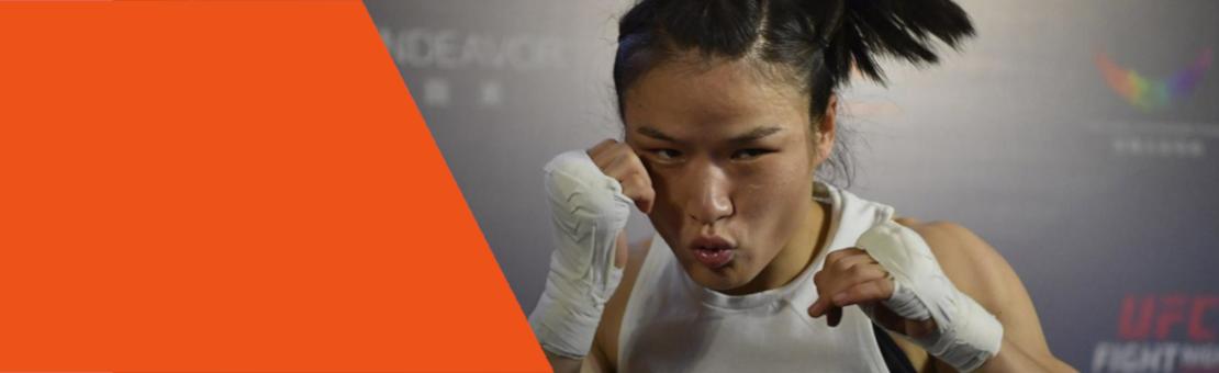 #Restez prudents et portez le masque (photo de la championne Weili Zhang, UFC 248)